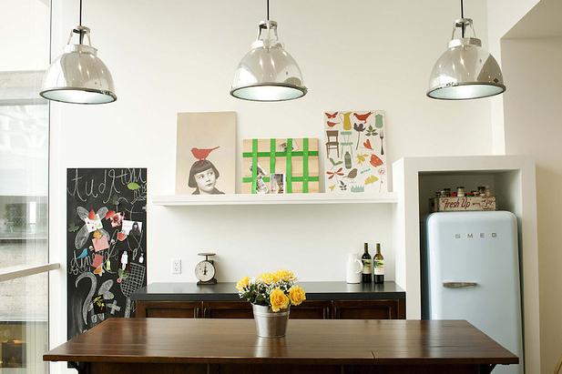 引用元: http://www.buzzfeed.com/carolineodonovan/a-french-couple-is-suing-airbnb-for-ripping-off-their-home#.eq1J6jvK5