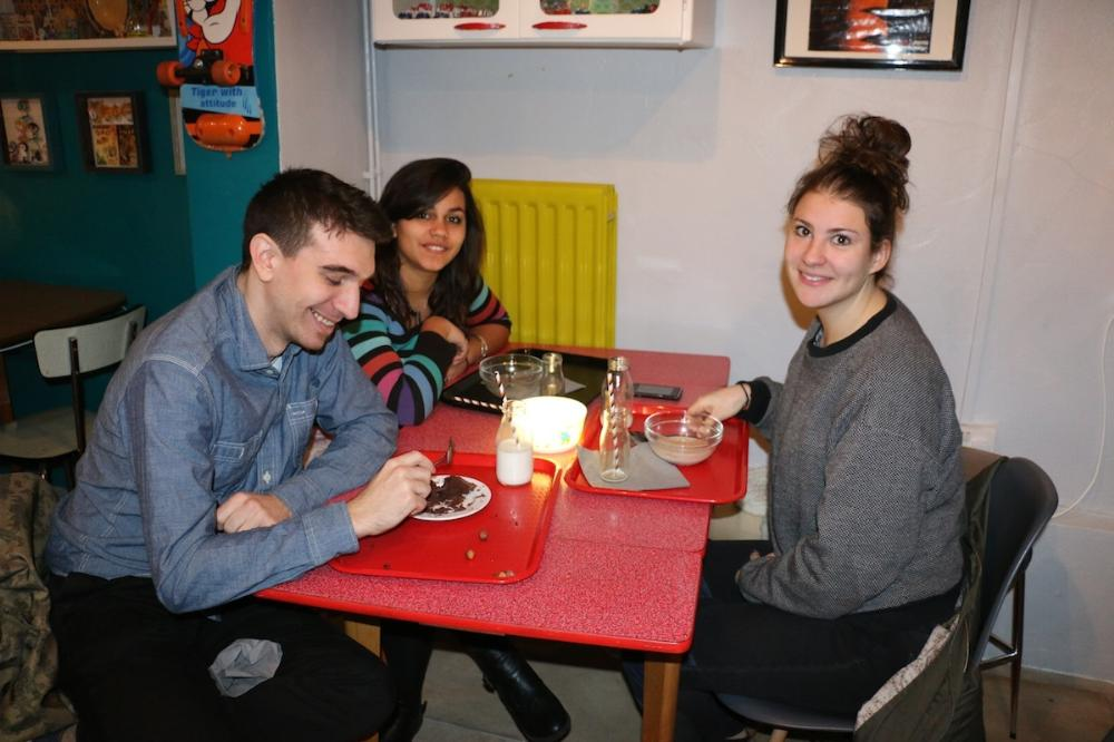 引用元: http://www.vice.com/en_au/read/what-kind-of-person-eats-at-east-londons-cereal-cafe-294