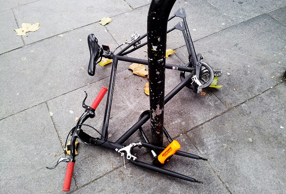 credit: http://www.urban75.org/blog/heres-what-happens-when-you-dont-lock-your-bike-properly-outside-brixton-tube/