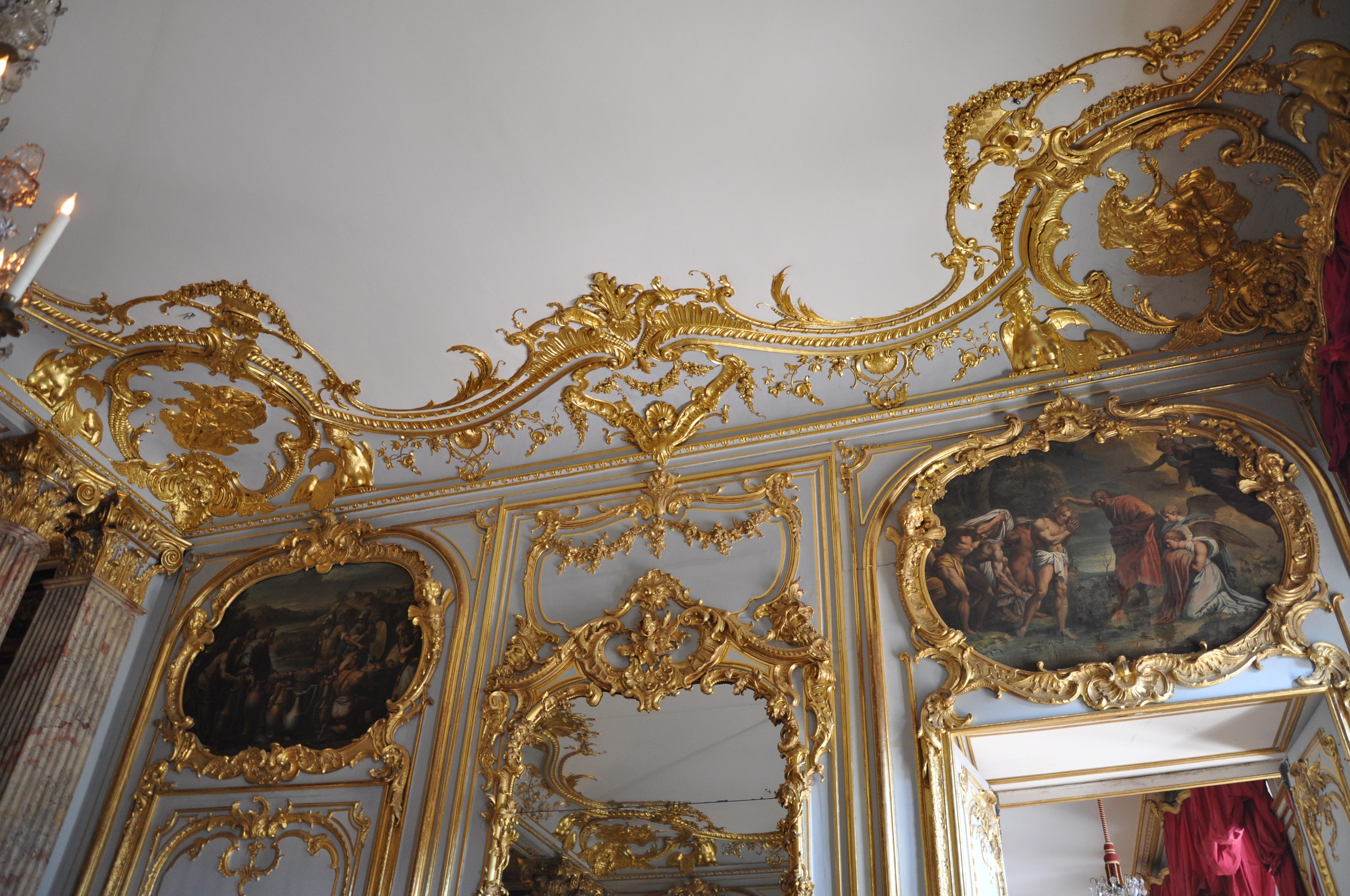 Décoration_-rocaille-,_Palais_Rohan,_Strasbourg