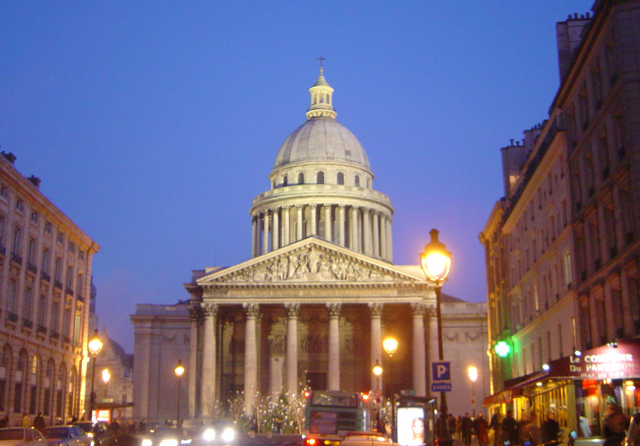 Paris_Pantheon_at_night_DSC09526